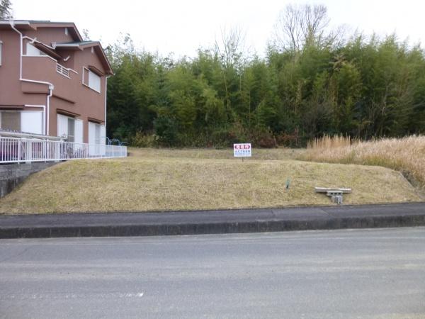 美旗町池の台西 売土地 広い通り沿い ≪価格変更≫