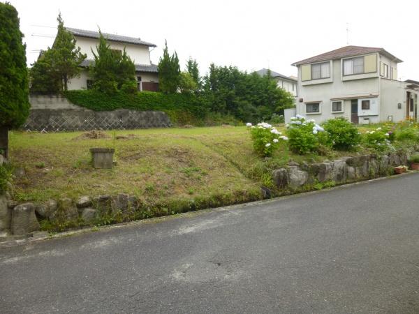 富貴ケ丘4番町 売土地 入口近く 約85坪