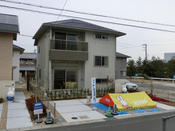 伊賀市ゆめが丘 新築 太陽光発電 ミサワ蔵のある家 ゼロエネルギーハウス 制震装置MGEO付 7号地