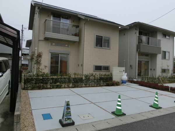 伊賀市ゆめが丘 新築 太陽光発電ミサワ蔵のある家 ゼロエネルギーハウス 制震装置MGEO付 8号地